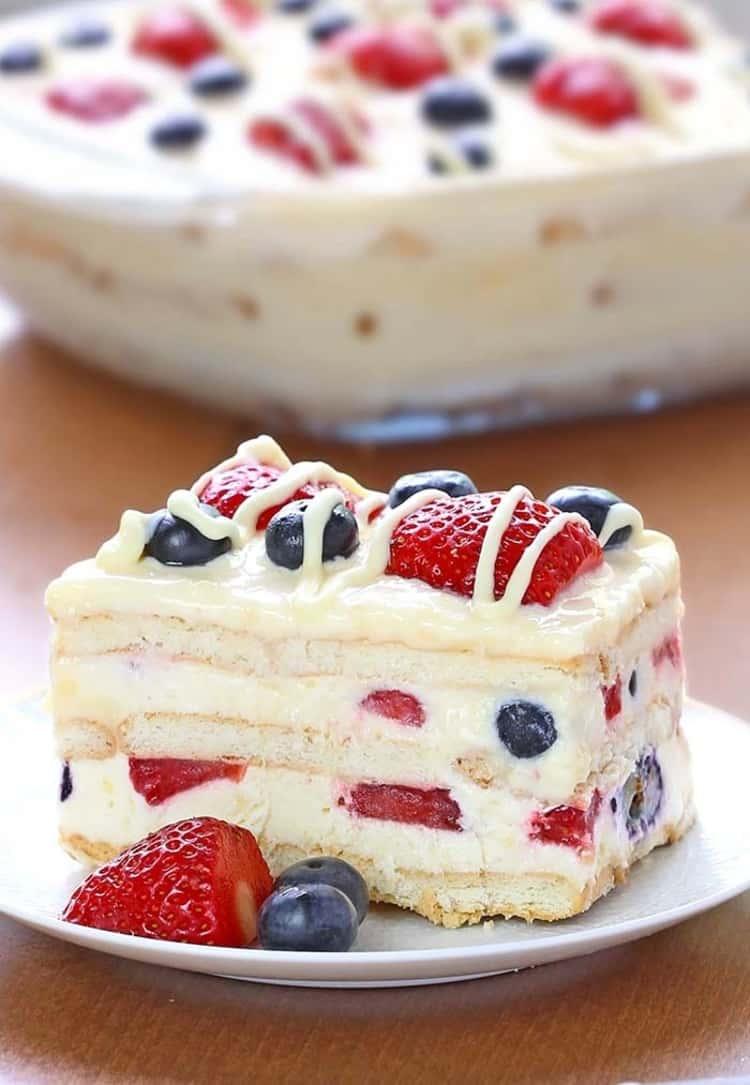 Summer Berry Icebox Cake
