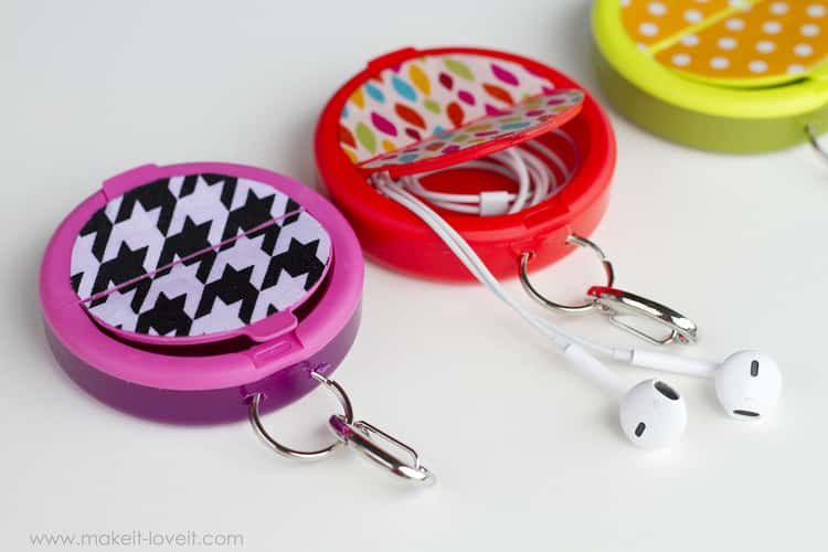 Mint containers make a great earbud holder