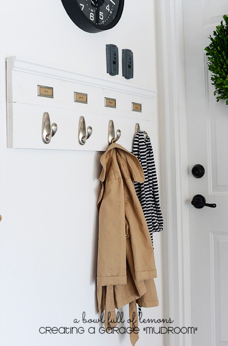 apartment decorating with command hooks