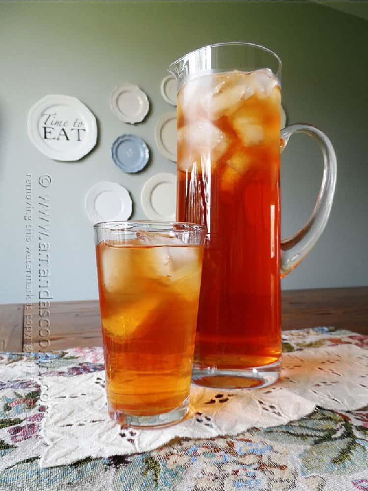 Peach Ice Tea in two glasses
