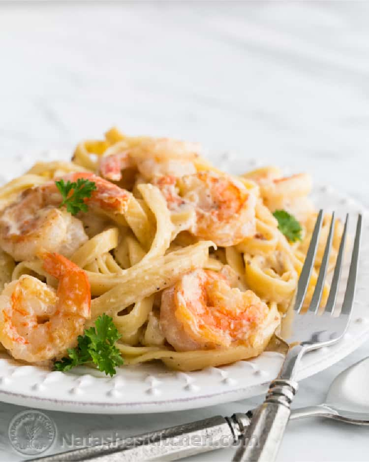 Shrimp Alfredo Pasta Recipe close up