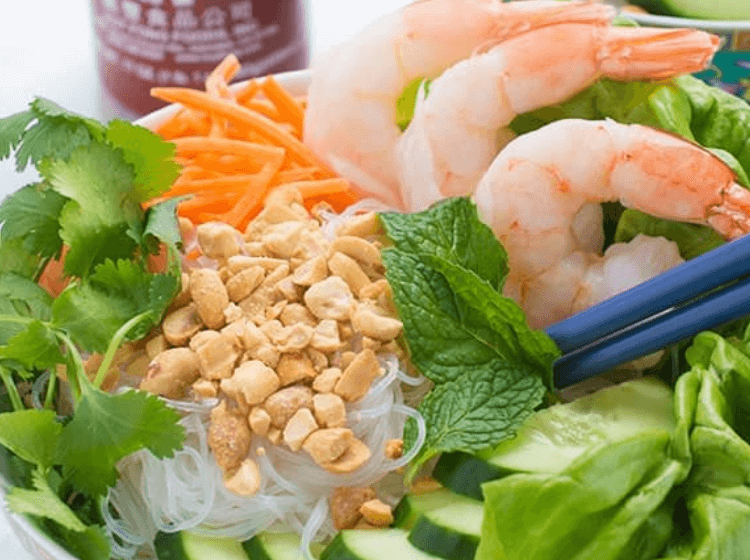 no cook rice noodles make a great summer dinner