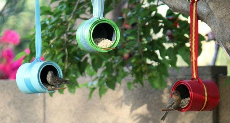 Tin can bird feeders