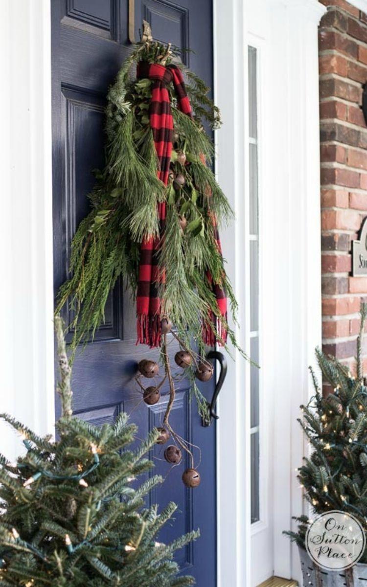 Fresh wreath door hanger