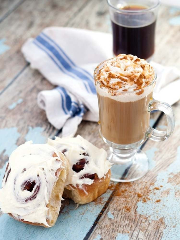 Picture of Cinnamon Roll Coffee Creamer and Cinnamon Buns