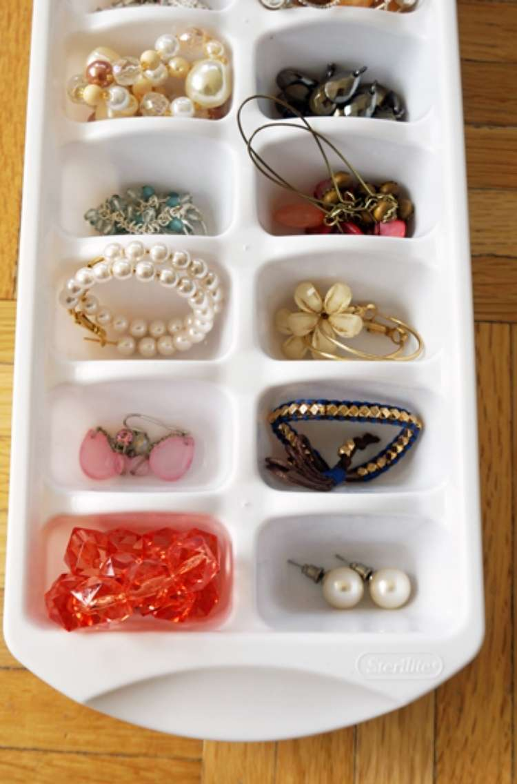 OneCrazyHouse DIY Home Organization ice cube maker being used to store jewelry in each compartments