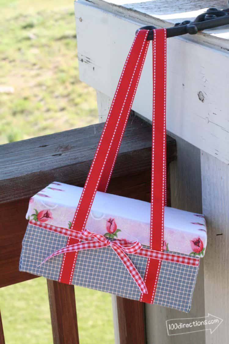 Your to-go-with Picnic Basket