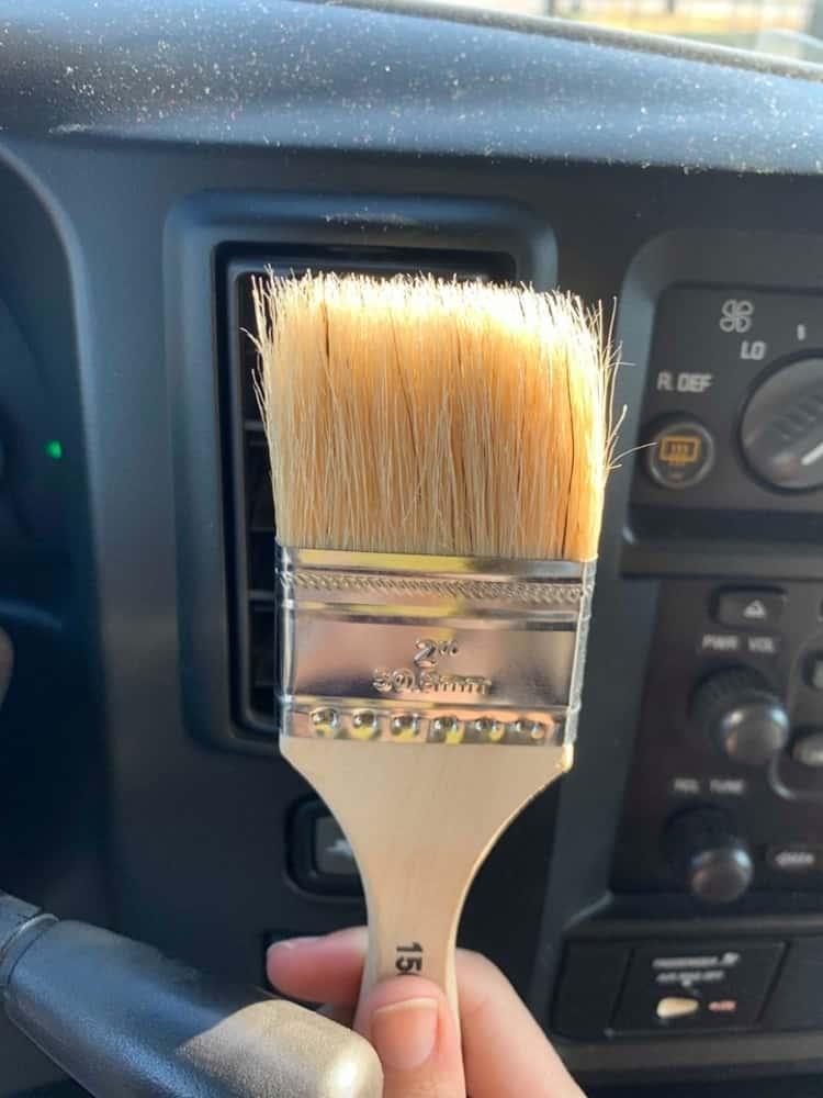 Dusting brush car gadget