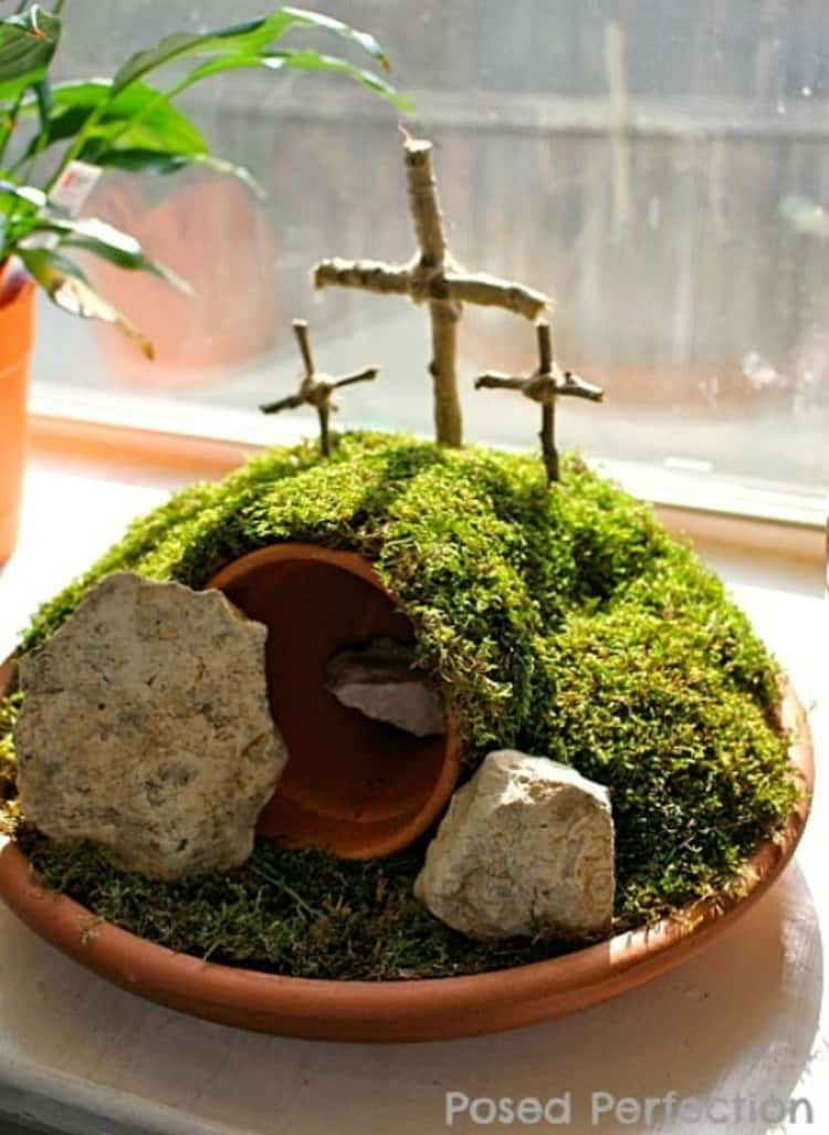 Crafty Easter Garden For Easter Decorations
