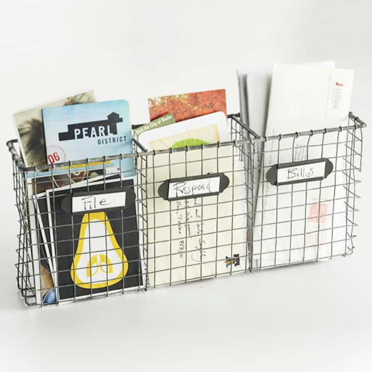 3 divider wire basket to sort papers for mounting on the wall