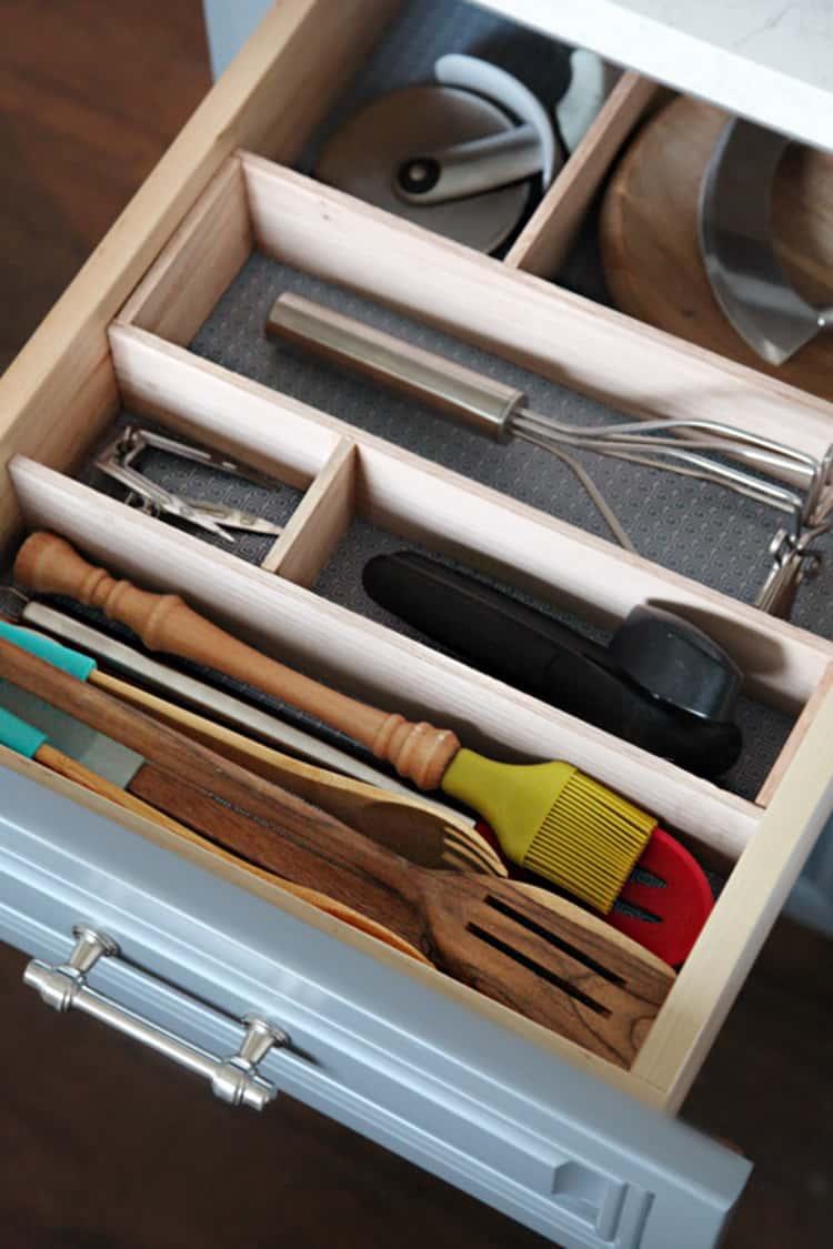 build your own wooden utensil holder for utensils inside a drawer