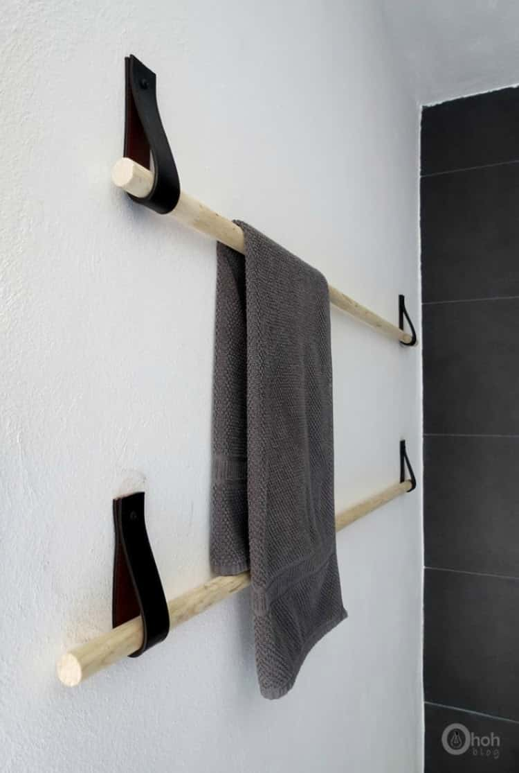 Leather straps to maker a towel bar