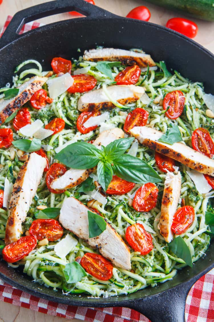 spiralizer recipe - zucchini noodles with roasted tomatoes and grilled chicken in a pot