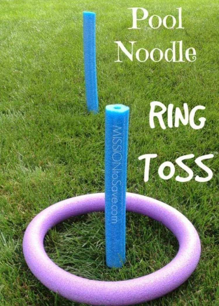 Brilliant uses for pool noodles- a pool noodle ring toss game in the middle of grass