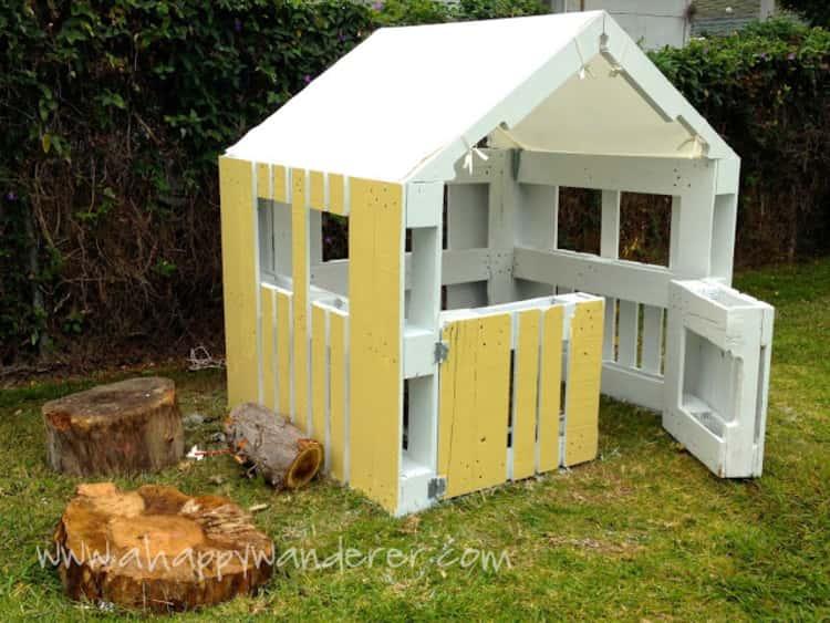Kids' playhouse
