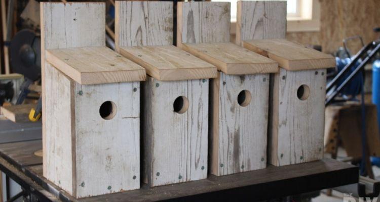 rustic wooden bluebird birdhouses