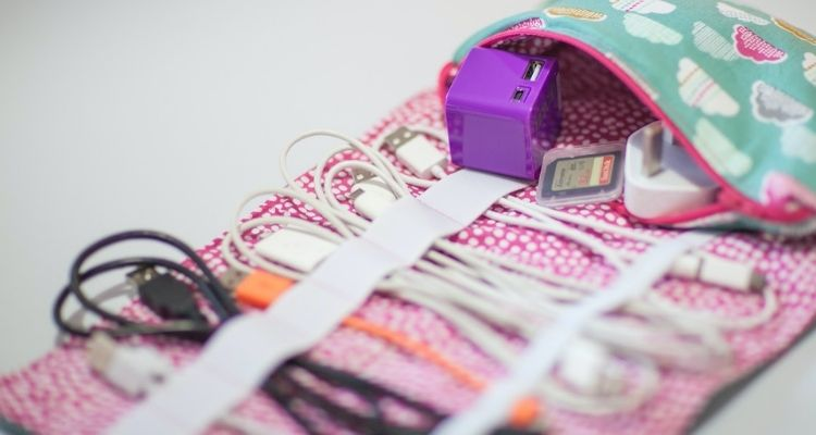 sewing pouch for storing extra cords