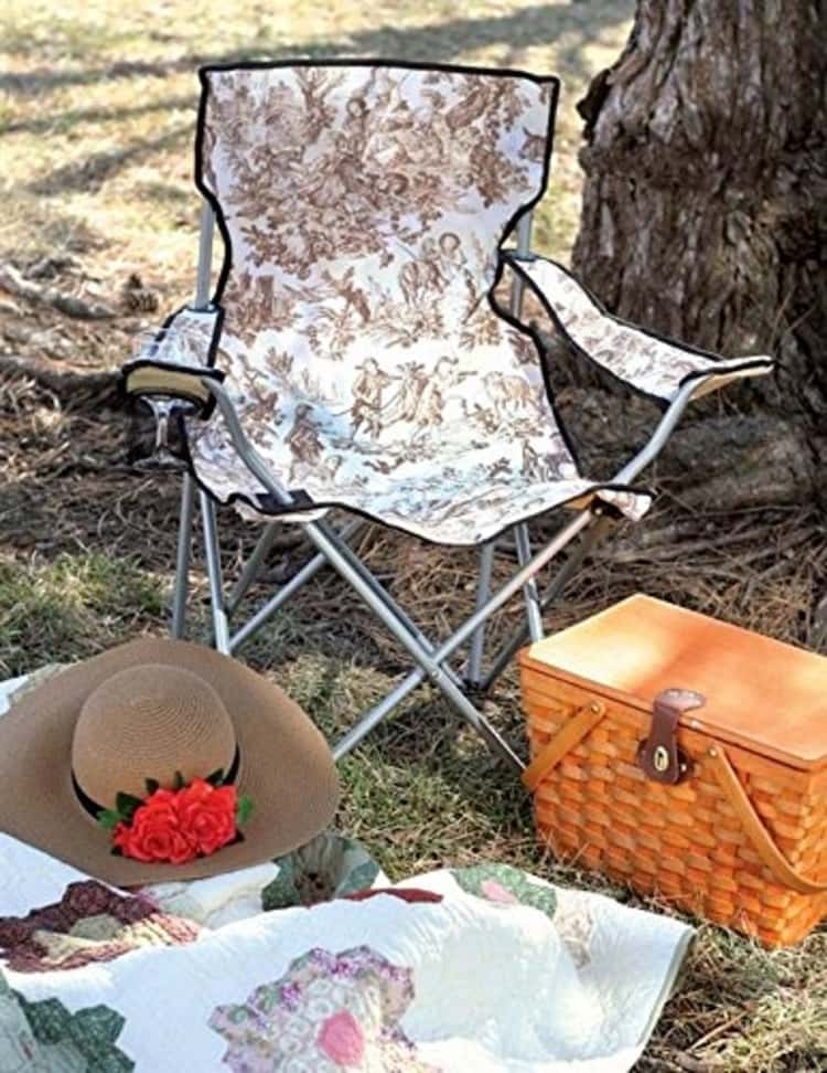 Must Have Accessories For Glamping
