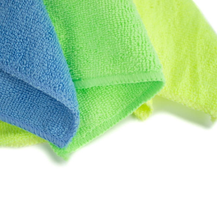 fibre-cloth-f0r-car-cleaning