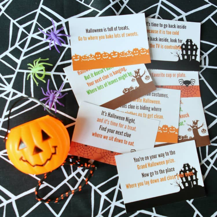free printables for a Halloween scavenger hunt game
