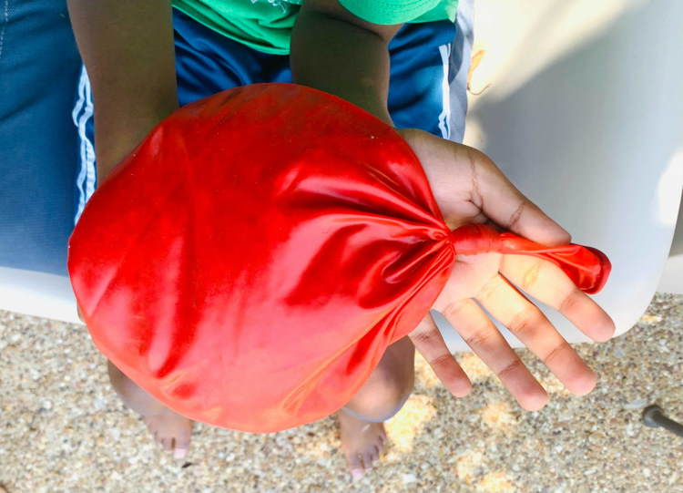 how to make an ice pack from a balloon