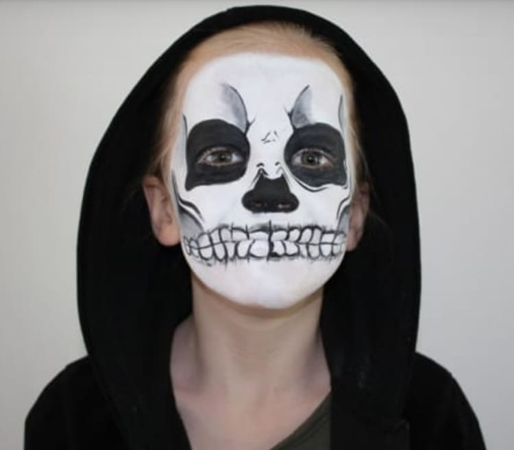 Zombie Face painting example